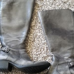 Born boots size 6.5